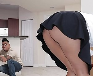 Big Ass Real Estate Agent Rose Monroe Gets Carried Away With Dildo