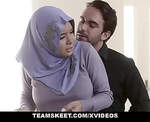 TeensLoveAnal - Analyzing Chick in Hijab